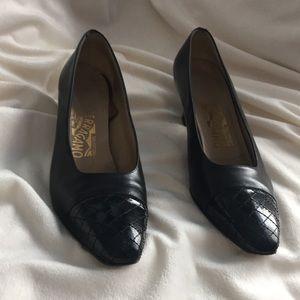 Ferragamo heel shoes